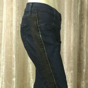 JAMES JEANS Tuxedo Skinny Jeans
